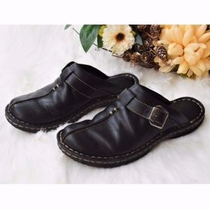 Born Leather Slip On Mules Clogs Buckle Slippers